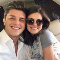 Camila Queiroz e Klebber Toledo estão noivos!