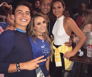 Bruna Marquezine e Neymar terminaram o namoro? Larissa Maneola comenta o assunto!