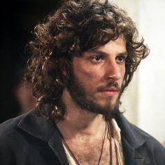 """Novela """"Novo Mundo"""": Joaquim conseguirá prender Thomas com a ajuda de Quinzinho!"""