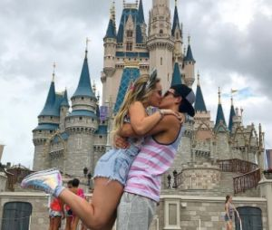 Larissa Manoela e Thomaz Costa continuam juntos, afirma assessora da atriz