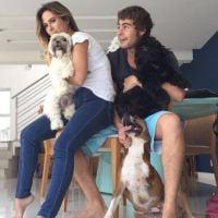 """Rafael Vitti e Tatá Werneck aparecem juntos em foto fofa com cachorros: """"Família"""""""