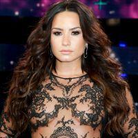 """Demi Lovato revela que faixa de seu novo álbum é dedicada a """"alguém especial"""""""
