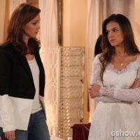 """Último capítulo de """"Em Família"""": Laerte leva tiro depois de casar com Luiza!"""