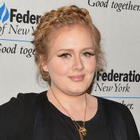 """Representante de Adele nega turnê para 2015 após lançamento do álbum """"25"""""""