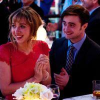 """Daniel Radcliffe aparece em novas cenas da comédia romântica """"Será Que?"""""""