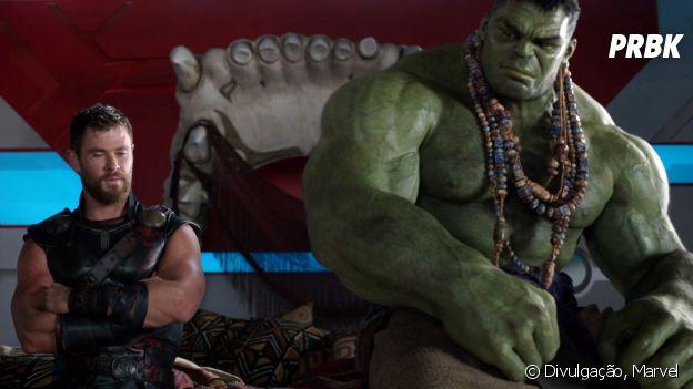 """Hulk (Mark Ruffalo) tem sua personalidade bem mais desenvolvida ao lado de Thor (Chris Hemsworth) em """"Thor: Ragnarok"""""""
