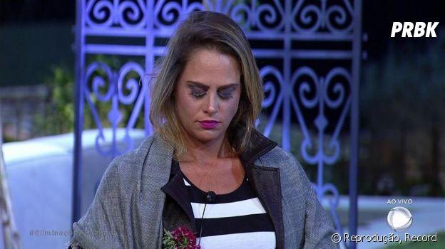 """Aritana é eliminada de """"A Fazenda"""", Flávia continua no reality show da Record"""