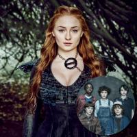"""Sophie Turner, de """"Game of Thrones, defende atores de """"Stranger Things"""" de críticas: """"São crianças"""""""