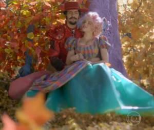 """Juliana (Bruna Linzmeyer) e Zelão (Irandhir Santos) viveram um romance lindo há algum tempo atrás em """"Meu Pedacinho de Chão"""""""