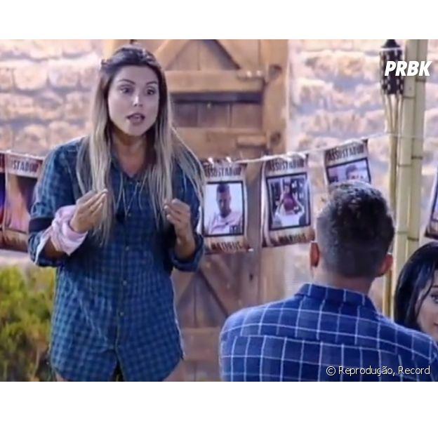 """De """"A Fazenda"""": Flávia e Marcos trocam acusações em nova briga"""