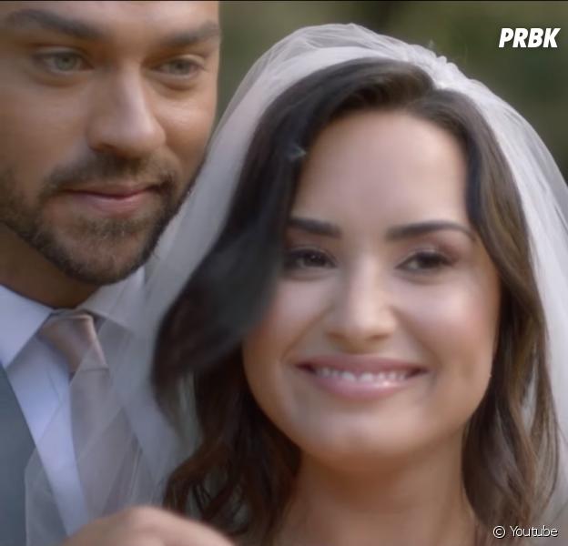 """""""Tell Me You Love Me"""": Demi Lovato casa com ator de """"Grey's Anatomy"""" em novo clipe"""