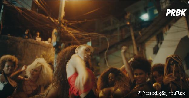 Anitta usou como figurantes alguns moradores do Vidigal