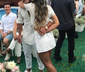 Veja as fotos do casamento surpresa de Arthur Aguiar e Mayra Cardi!