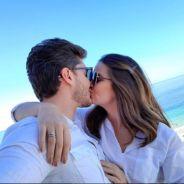 """Camila Queiroz e Klebber Toledo querem casamento reservado: """"Uma festa para a família e amigos"""""""