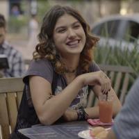 """Novela """"Malhação"""": Samantha (Giovanna Grigio) ajuda Juca a conquistar Benê!"""