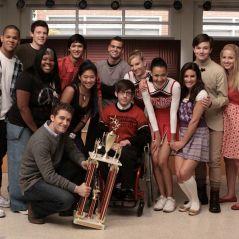 """Atores de """"Glee"""" comentam morte de Mark Salling: """"Triste e muito trágico"""""""