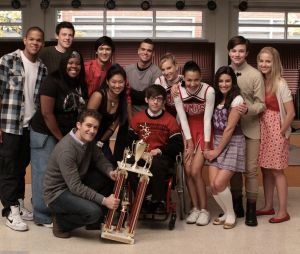 "De ""Glee"": atores comentando morte de Mark Salling"