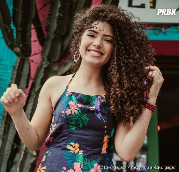 93713b9d61619 Conheça Graciely Junqueira, a diva cacheada amiga de Giovanna Chaves ...