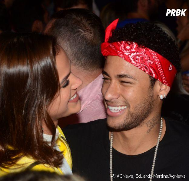 O Brasil pede: Bruna Marquezine e Neymar, por favor, não terminem antes da Copa do Mundo!