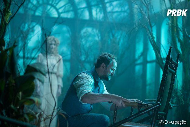 """Jason Clarke é o psiquiatra Eric Price em """"A Maldição da Casa Winchester"""""""