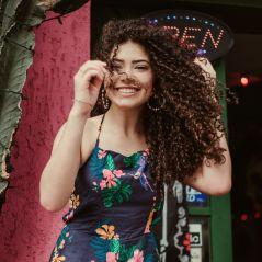 """Graciely Junqueira é uma estrela teen negra, cacheada e necessária: """"Sou como sou e me valorizo"""""""