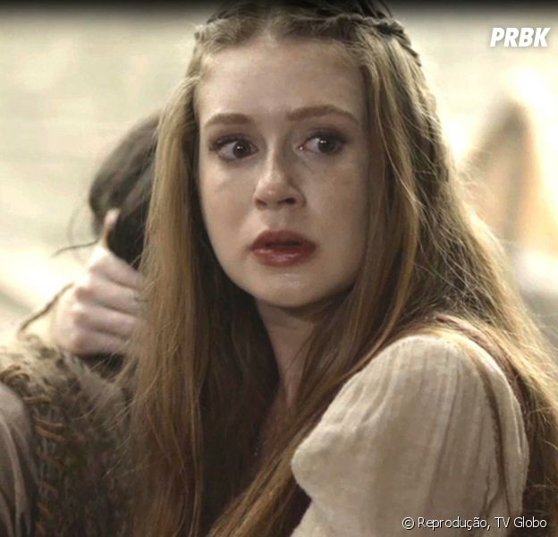 """Em """"Deus Salve o Rei"""": Amália (Marina Ruy Barbosa) fica entre a vida e a morte após ser picada por uma cobra"""