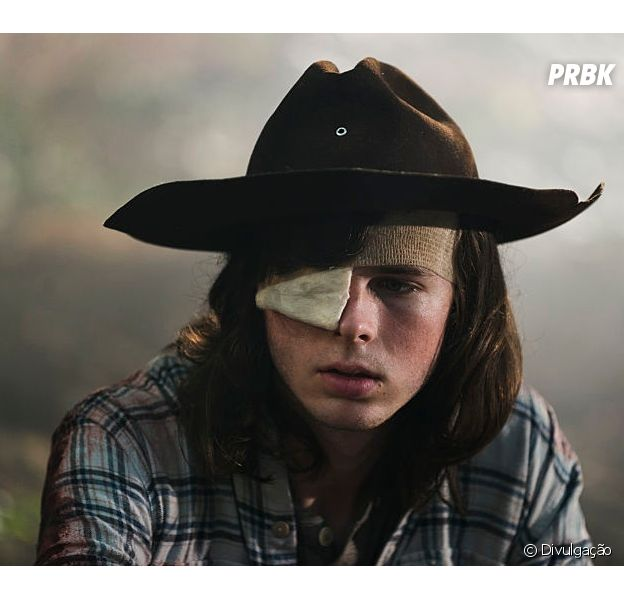"Em ""The Walking Dead"", Carl (Chandler Riggs) aparece no final da 8ª temporada"