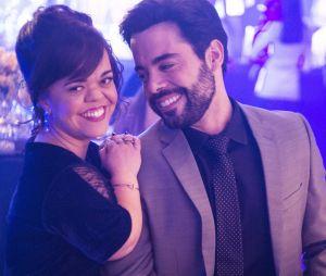 """Em """"O Outro Lado do Paraíso"""": Amaro (Pedro Carvalho) e Estela (Juliana Caldas) se casam"""