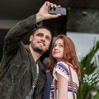 """Marina Ruy Barbosa e Daniel Rocha fazem selfie durante as gravações de """"Império"""""""