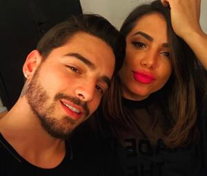 Anitta e Maluma voltam a se seguir no Instagram e fãs vibram
