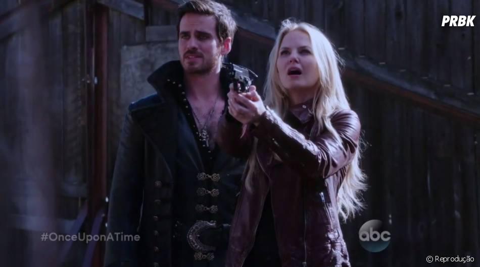 """Em """"Once Upon a Time"""", Hook (Colin O'Donoghue) e Emma (Jennifer Morrison) não vão acreditar no que verão"""