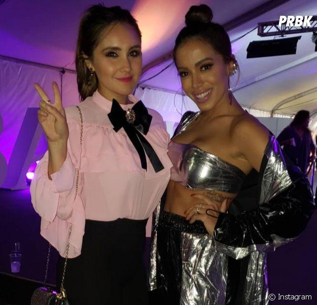 Dulce Maria e Anitta aparecem juntas em nova foto durante evento no México