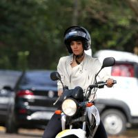 Sophie Charlotte aprende a pilotar moto para viver par romântico de Cauã Reymond