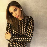 """Anitta revela que pode lançar um álbum novo ainda neste ano: """"Estou querendo"""""""