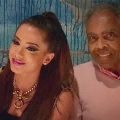 Anitta se inspira em Ariana Grande e posta foto ao lado de Gilberto Gil