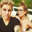Justin Bieber e Hailey Baldwin trocam declarações nas redes sociais após ficarem noivos