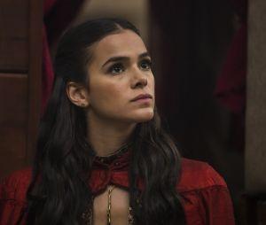 """Em """"Deus Salve o Rei"""", Catarina (Bruna Marquezine) fica enfurecida ao decobrir que é filha de Brice (Bia Arantes) e toda a verdade sobre sua origem."""