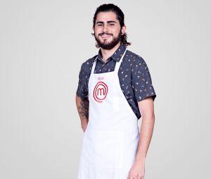 """Hugo é um dos participantes restantes na 5ª temporada do """"MasterChef Brasil"""""""