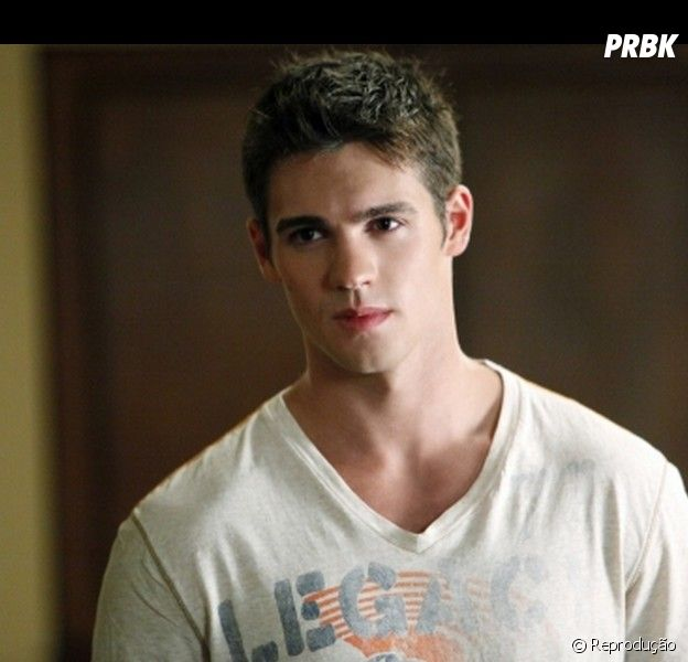 "Em ""Legacies"", spin-off de ""The Originals"", Jeremy (Steven R. McQueen), de ""The Vampire Diaries"", aparecerá na série!"