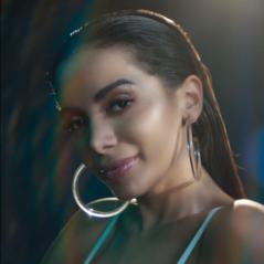 "Anitta lança novo clipe de ""Medicina"" exclusivamente no Spotify!"