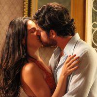 """Na novela """"Boogie Oogie"""": Sandra e Rafael vão morar juntos no apê da enfermeira"""