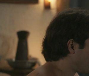 """Em """"Orgulho e Paixão"""", Luccino (Juliano Laham) e Otávio (Pedro Henrique Müeller) finalmente se beijam!"""