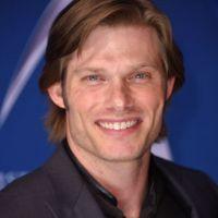 """Conheça Dr. Link, o novo médico de """"Grey's Anatomy"""" que chegará na 15ª temporada"""