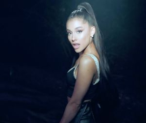 Ariana Grande resolve dar uma pausa na carreira para se recuperar dos últimos traumas