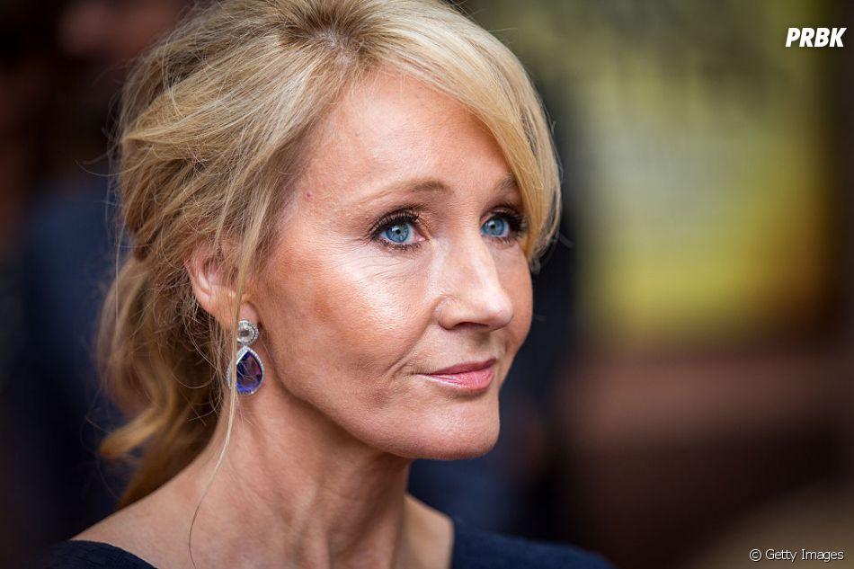 """J.K. Rowling rebate tweet de escritora que disse que sua tentativa de representatividade não serviu de nada em""""Animais Fantásticos: Os Crimes de Grindewald"""""""