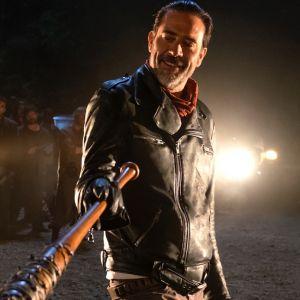 """Jeffrey Dean Morgan de """"The Walking Dead"""" diz que quer um filme sobre origem de Negan"""