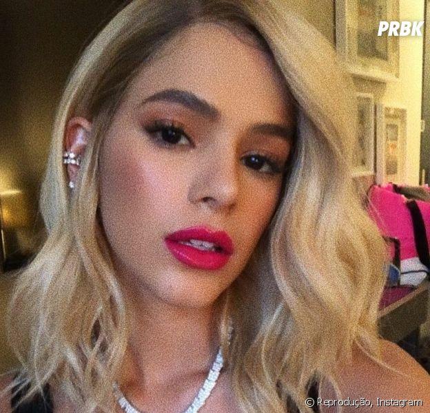 Bruna Marquezine dá aquela mudada no visual e aparece com cabelos mais curtos
