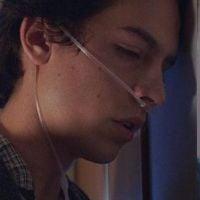 """Saiba tudo sobre o novo filme do Cole Sprouse, que tem uma pegada toda """"A Culpa é das Estrelas"""""""