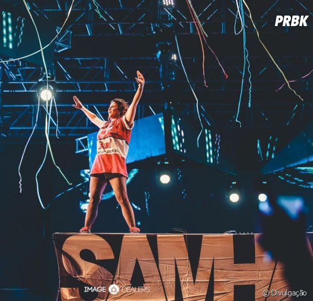 """DJ Samhara comemora sucesso de """"Eu Não Valho Nada"""""""