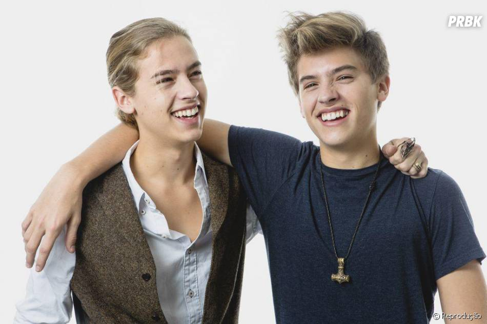 Dylan And Cole Sprouse 2014 Girlfriends Cole e Dylan Sp...
